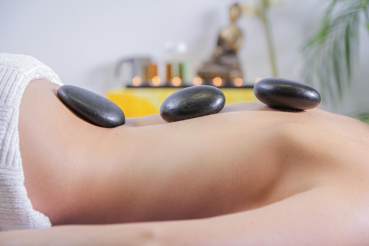 massage-2717431_1280